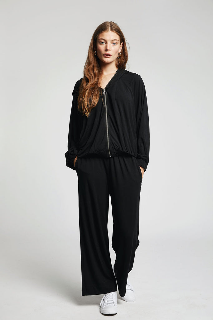 Mona Vegan Bamboo Trousers in Black