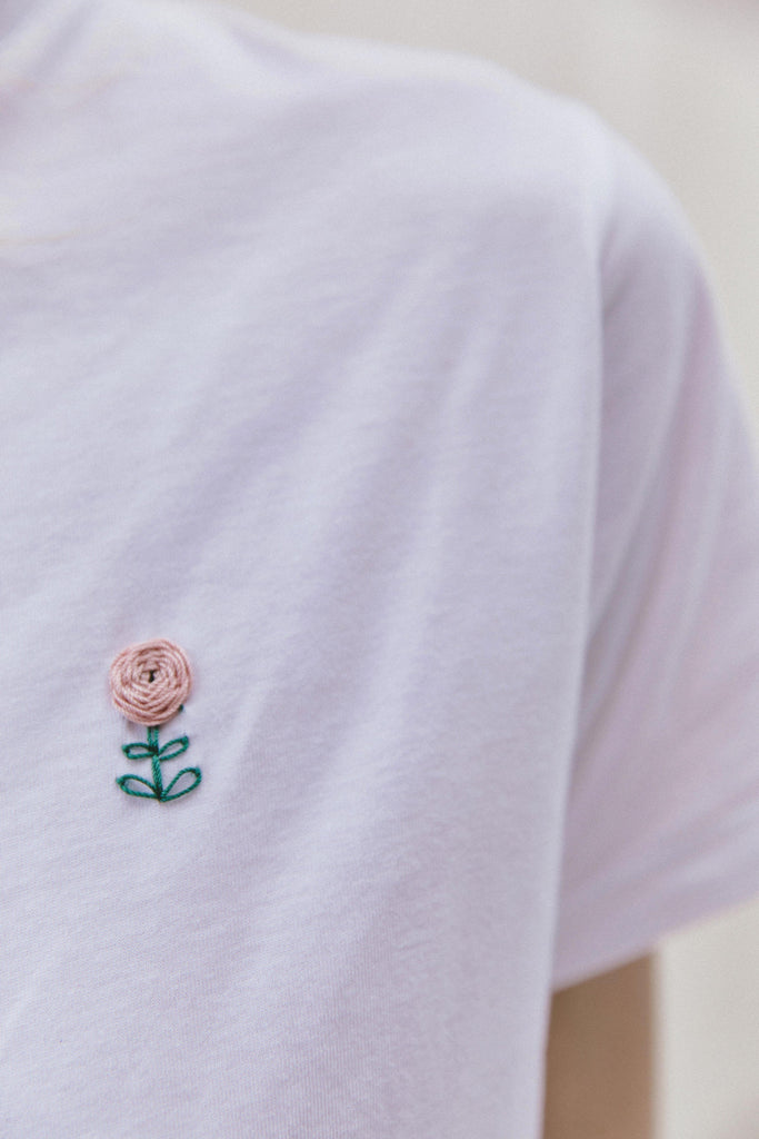 sustainable-Hand Embroidered Organic Cotton Flower T-shirt-noyoco-Kool and Konscious