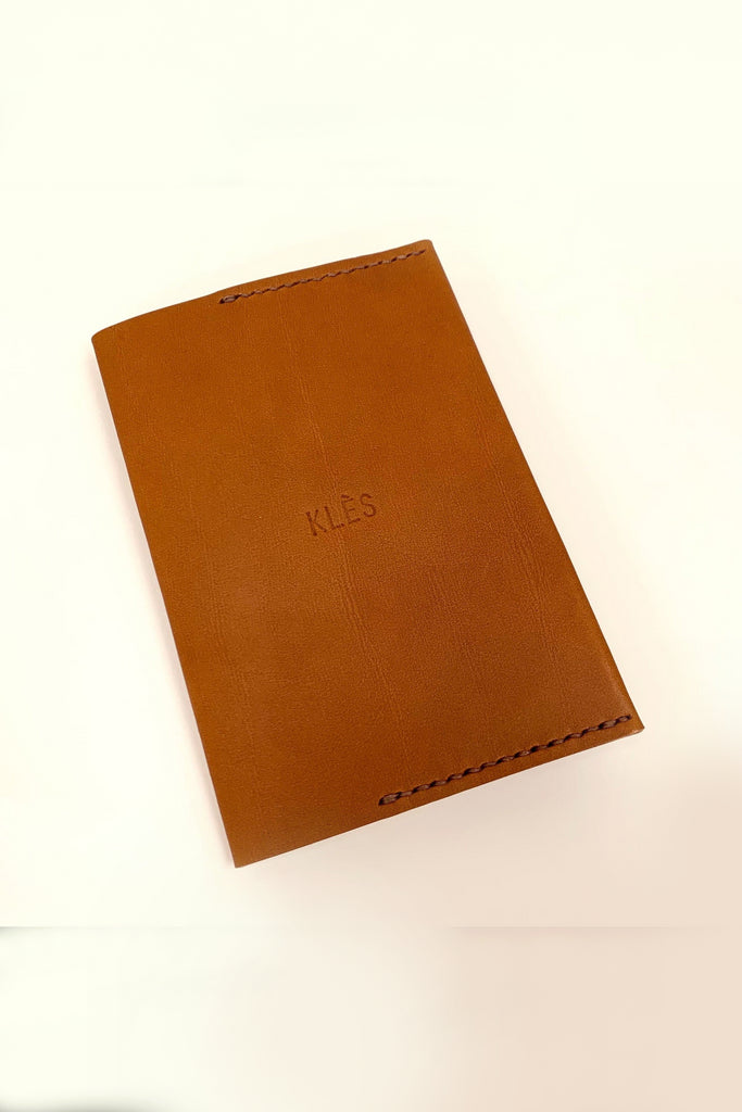 Orin Handmade Vegetable Leather Passport Holder in Tan