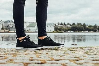 Women Semnoz Recycled Sneakers in Black
