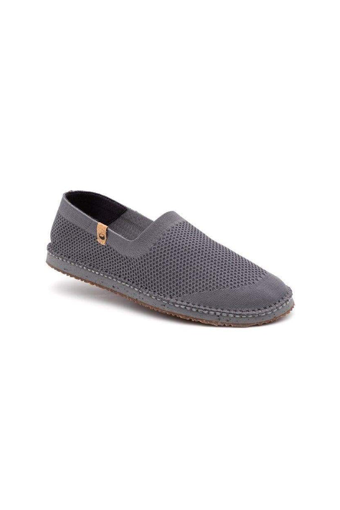 Men Sequoia Recycled Flats Shoes in Charcoal