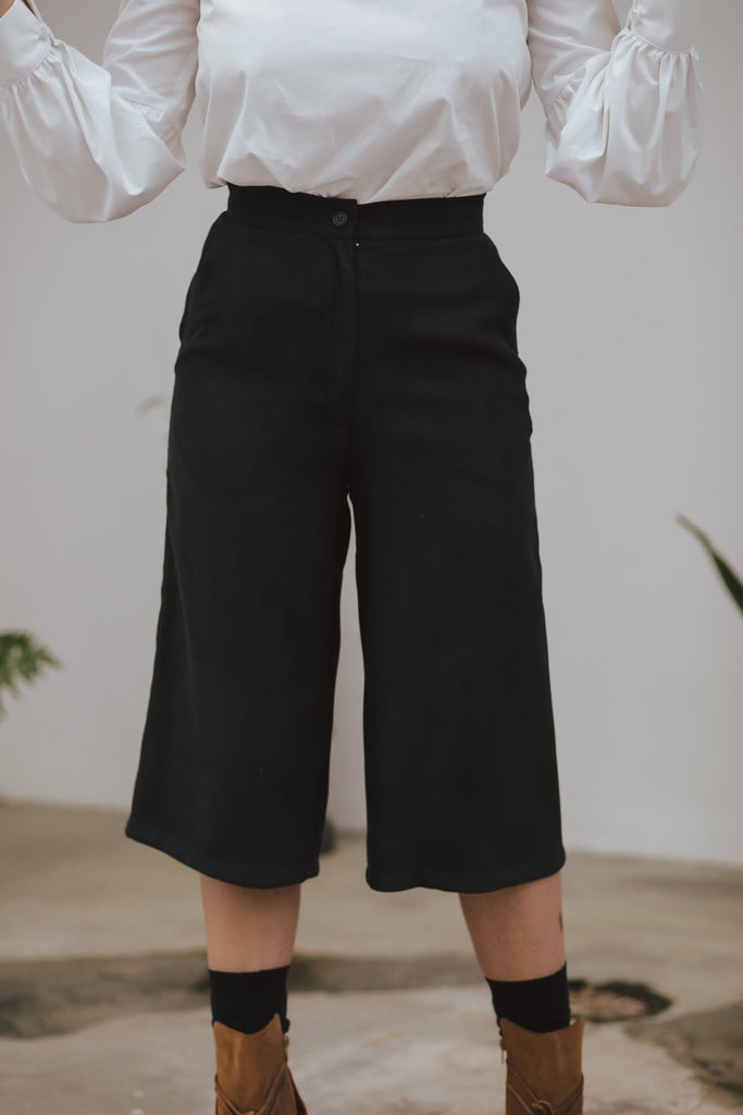 Cosette Organic Wool Trousers in Black
