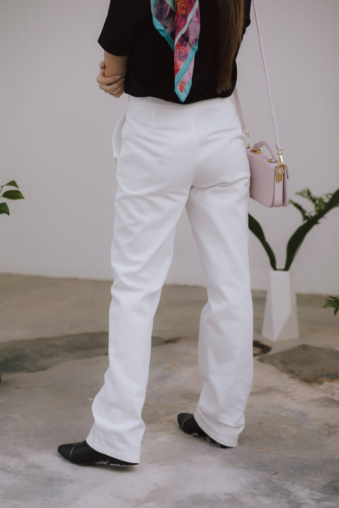 Amelia Organic Cotton Trousers in White