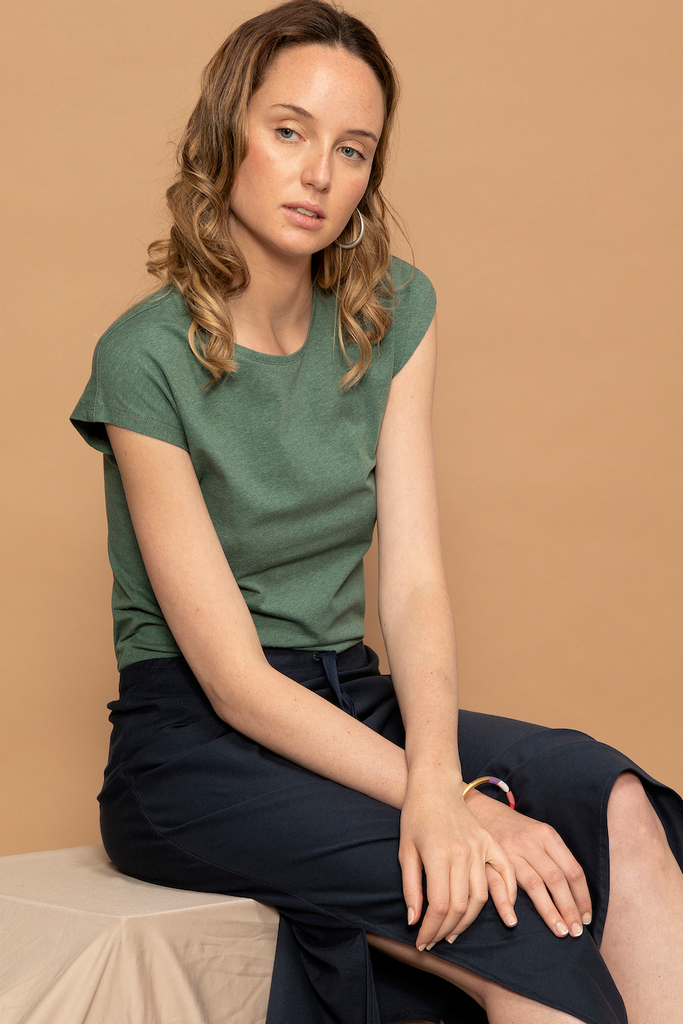 Viola Organic Cotton T-Shirt in Heather Green