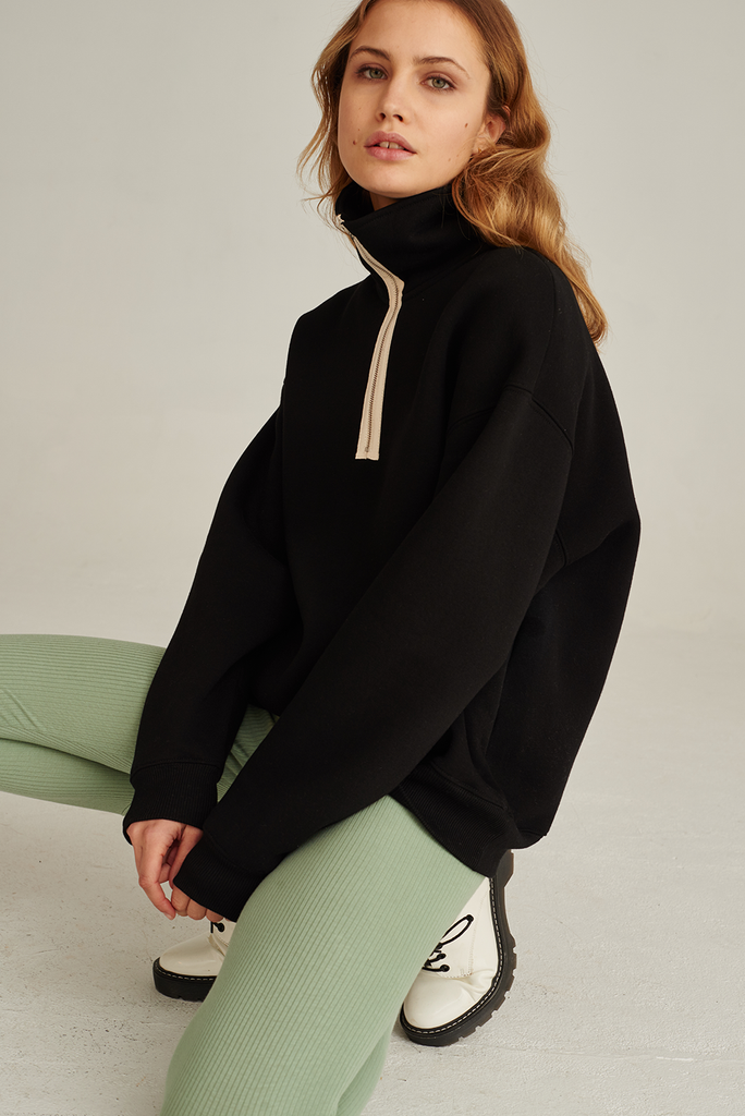 05/15 Organic Cotton Sweatshirt in Black