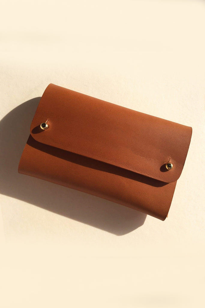 Saskia Handmade Vegetable Leather Purse in Tan