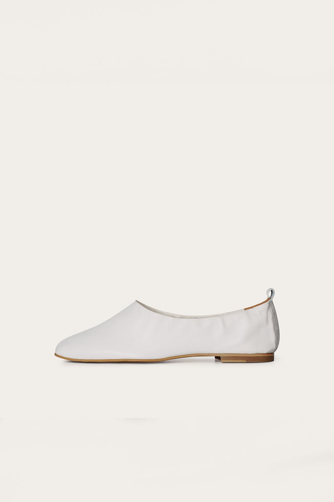 Kemet Natural Leather Shoes in White