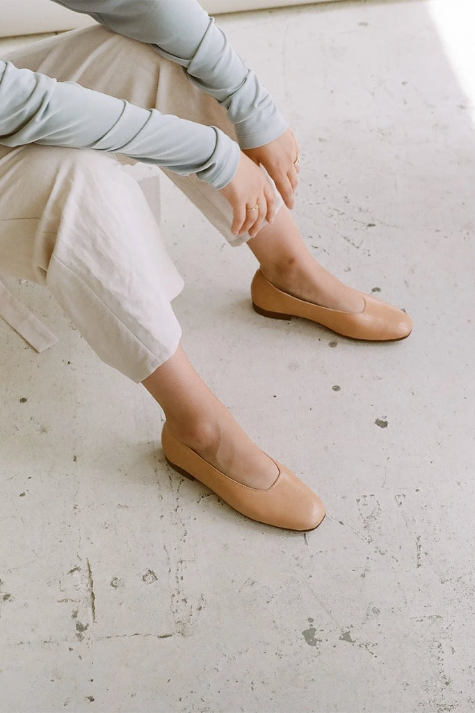 Kikar Natural Cow Leather Shoes in Nude