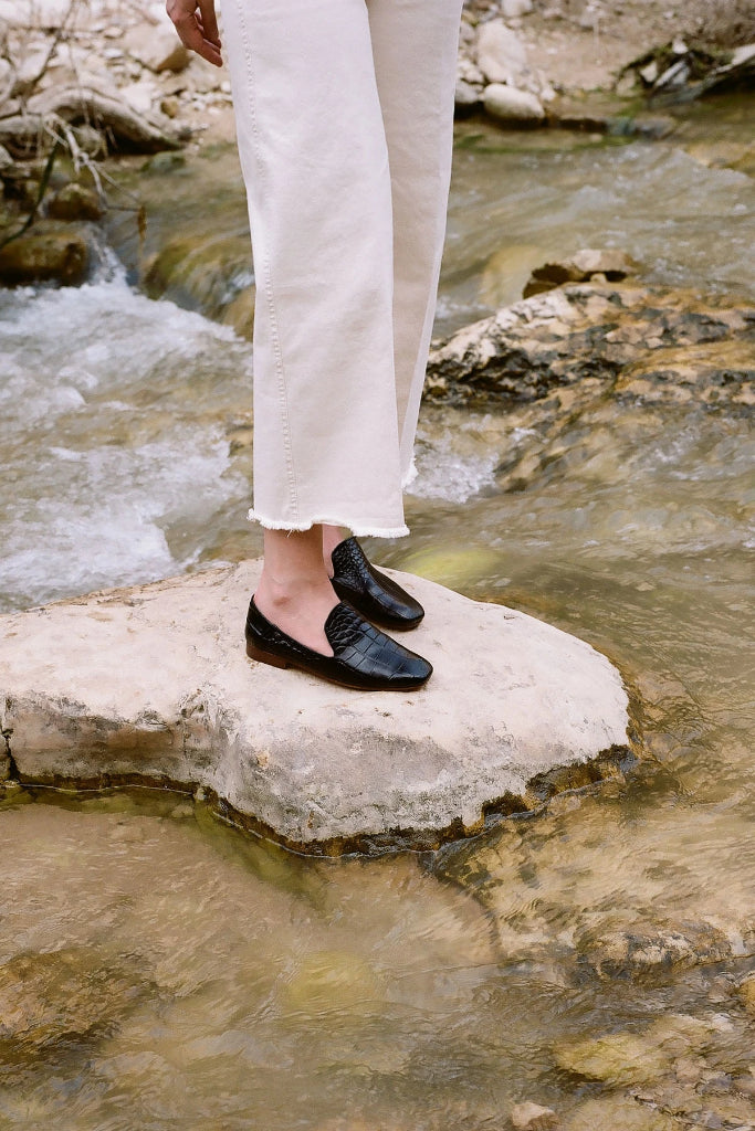 Saba Natural Cow Leather Loafers in Black Crocodile Pattern
