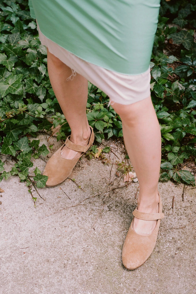 Madeline Natural Cow Leather Shoes in Sand Suede