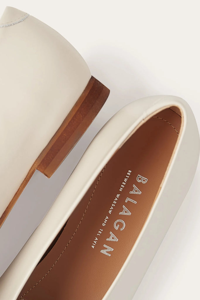 Opera Natural Cow Leather Shoes in Creme