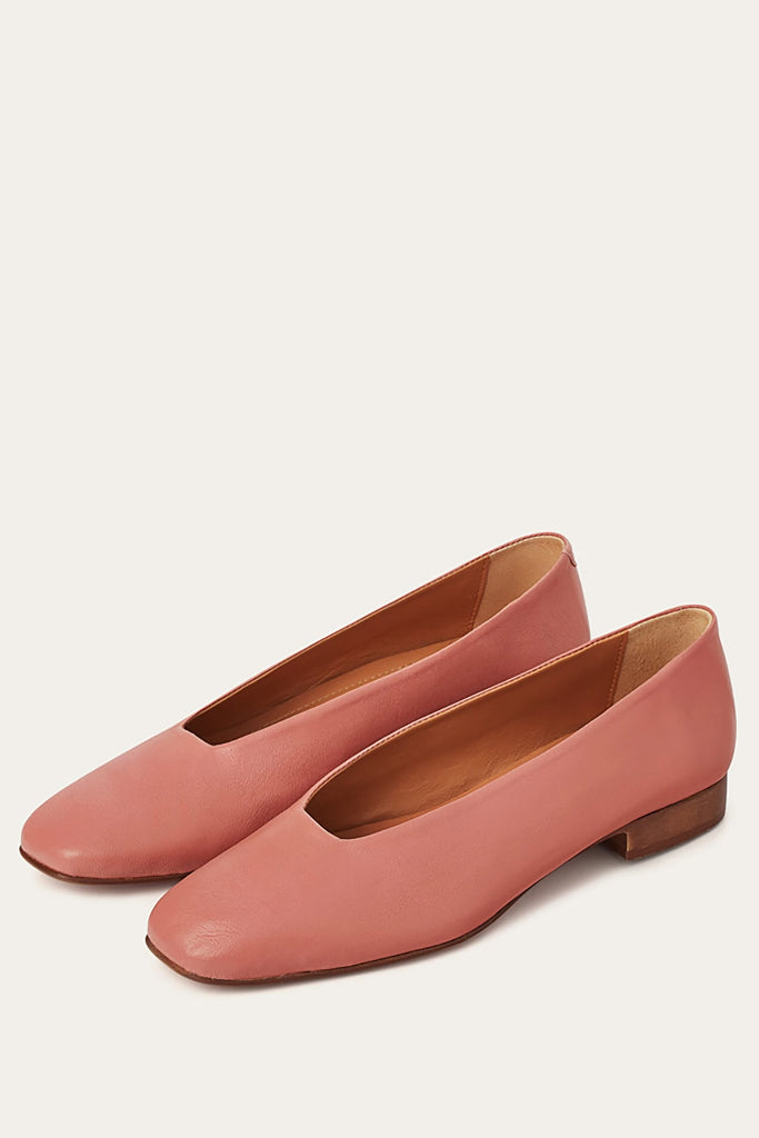Kikar Natural Cow Leather Shoes in Coral