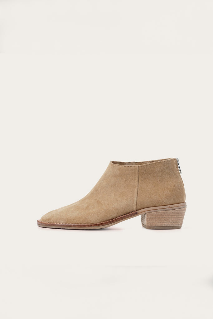 Lea Natural Cow Leather Suede Heels Boots in Sand