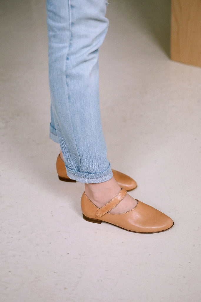Madeline Natural Cow Leather Shoes in Nude