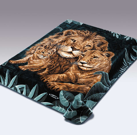 Solaron Original Lion, Lioness, Cub Thick Mink Korean Super Soft Plush King Size Blanket - Green