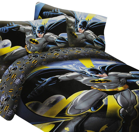 DC Comics Batman in the City Super Soft Luxury Twin Size 3 Piece Comforter Set