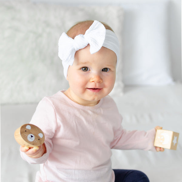 Cable Bow Headband - White for baby, newborn and infant. Cute and beautiful. One size fit all
