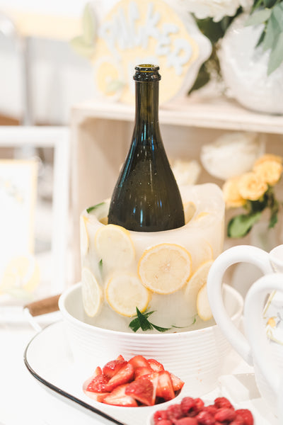 Lemon themed bridal shower, She Found Her Main Squeeze, lemon themed party ideas, Lemon ice sculpture
