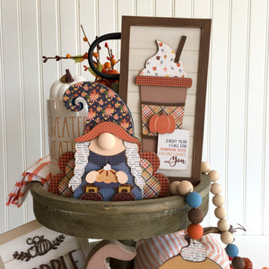 Thanksgiving and fall tiered tray decor ideas. Wood Thanksgiving gnomes that look like a boy and girl pilgrim with turkey wings. Made for DIY wood home decor craft projects, fall, and thanksgiving decorating.