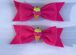 I scream, You scream, We all scream for Ice Cream!! Hair bow clips