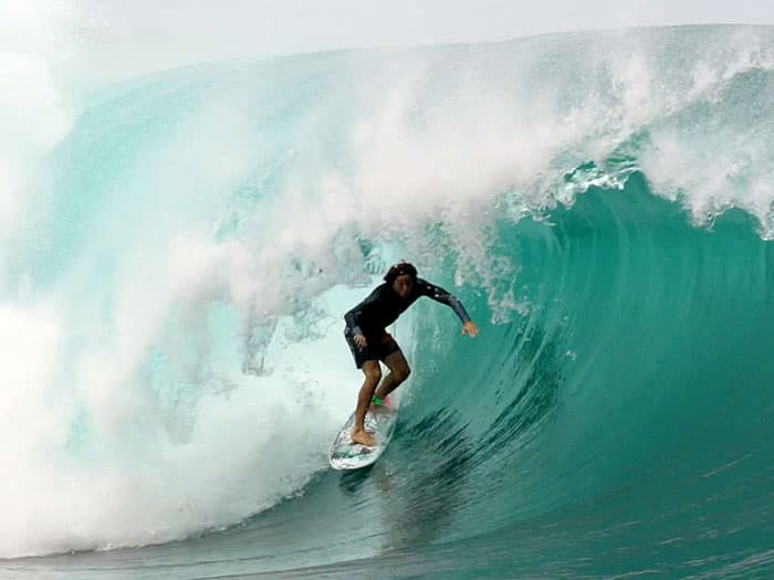 Yago in a deep left barrel
