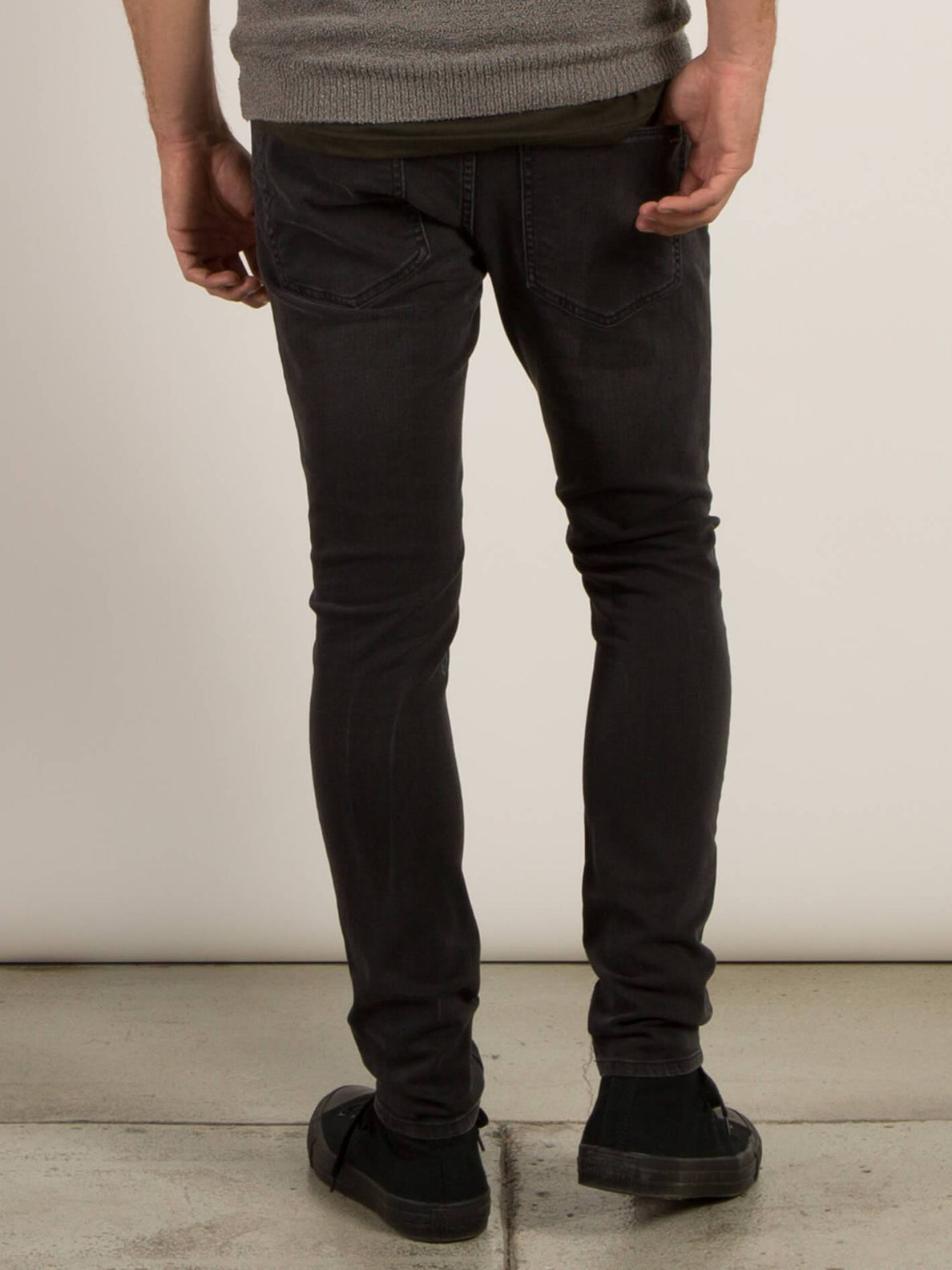 Vaqueros 2X4 Tapered - Sulfur Black