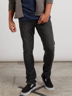 Vaqueros Kinkade Tapered - Truly Vintage Black