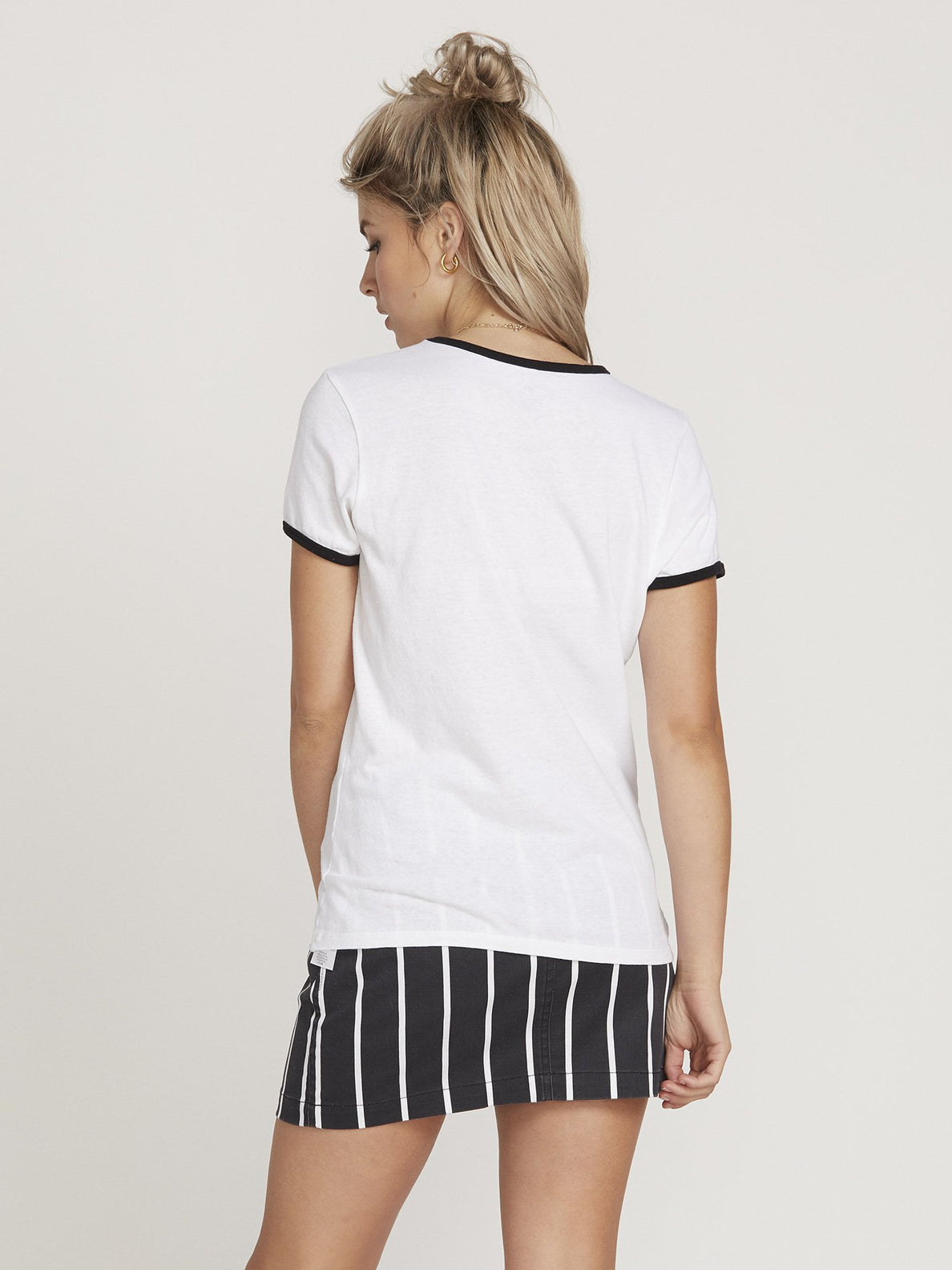 Camiseta Keep Goin Ringer - White