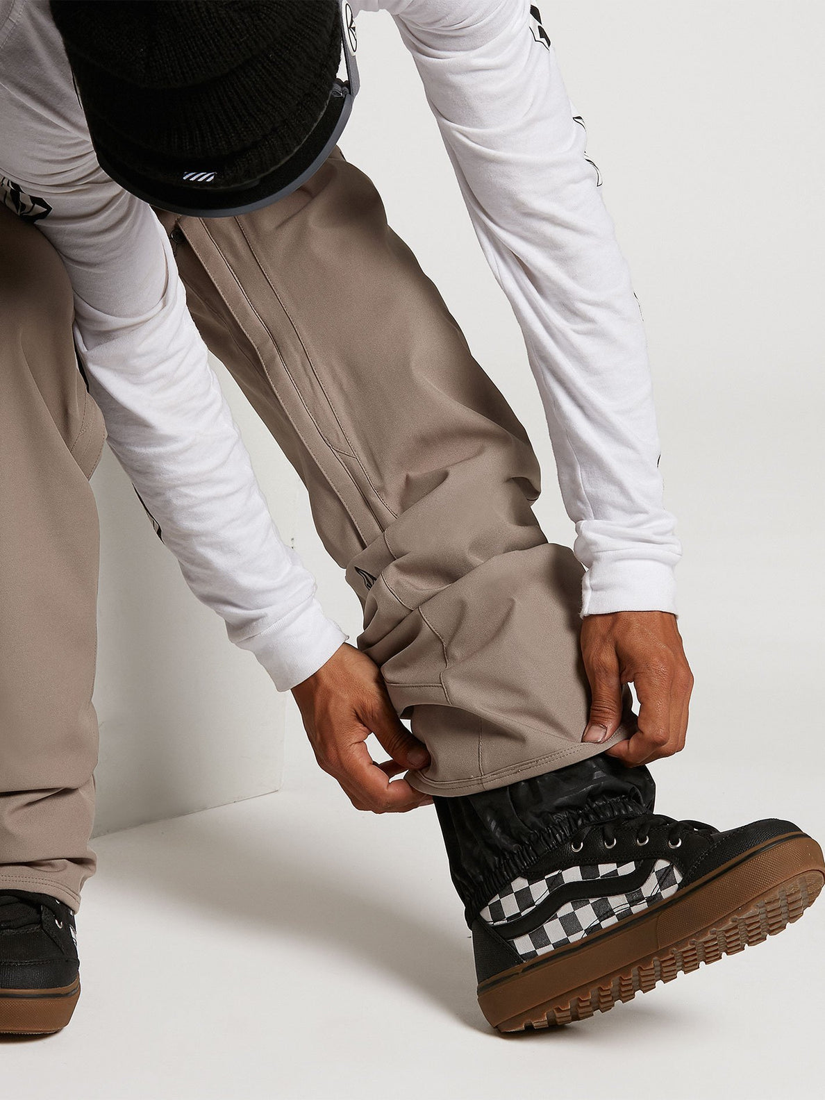 Freakin Snow Chino Pants - Black Red (G1351912_BRD) [04]