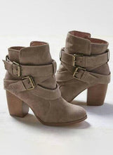 Load image into Gallery viewer, Women Solid Chunky Heels Buckle Ankle Boots