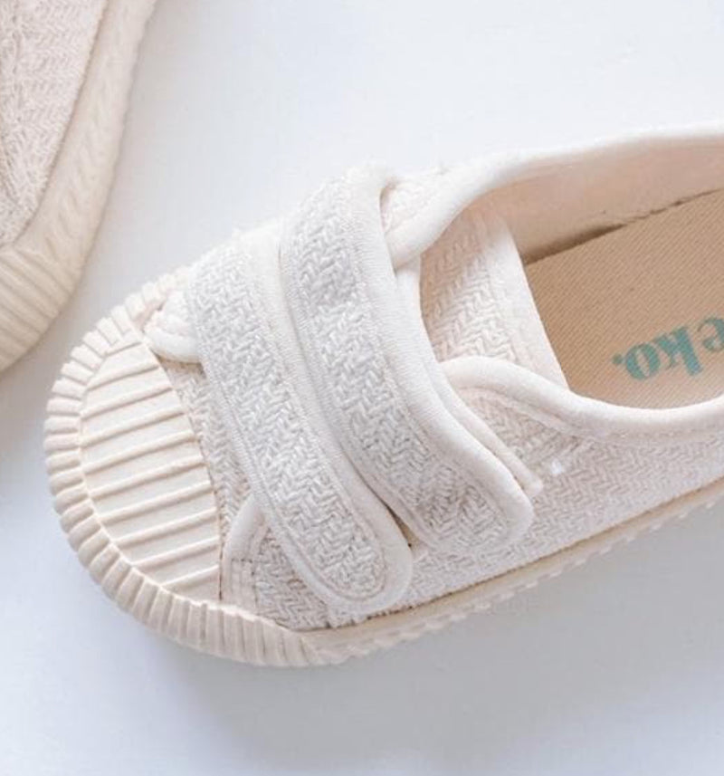 Unisex ' Beach' Canvas Sneakers