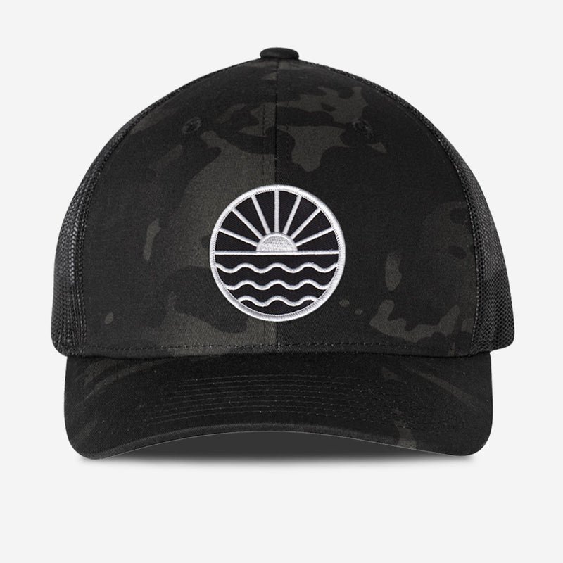 Sun Wave Trucker Hat - Black Camo