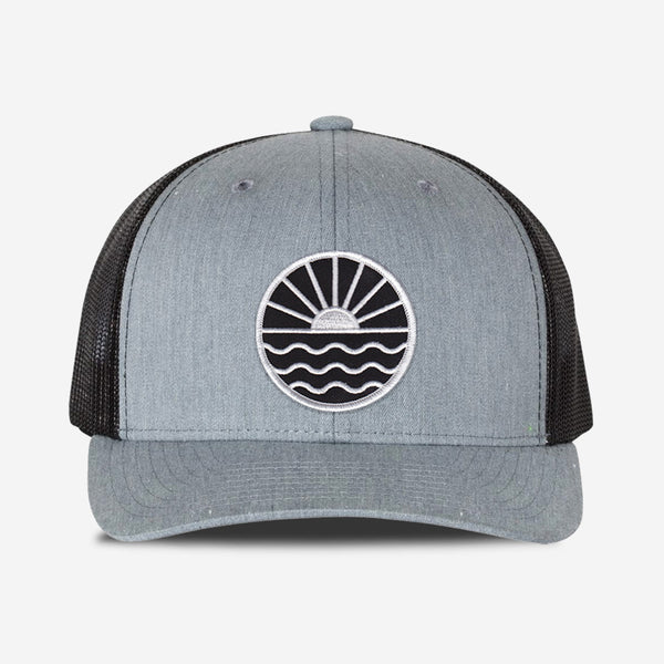 Sun Wave Trucker Hat - Grey/Black