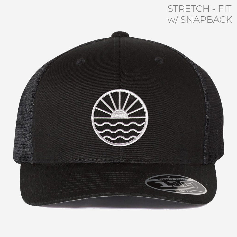 Sun Wave (b&w) Trucker w/ Stretch