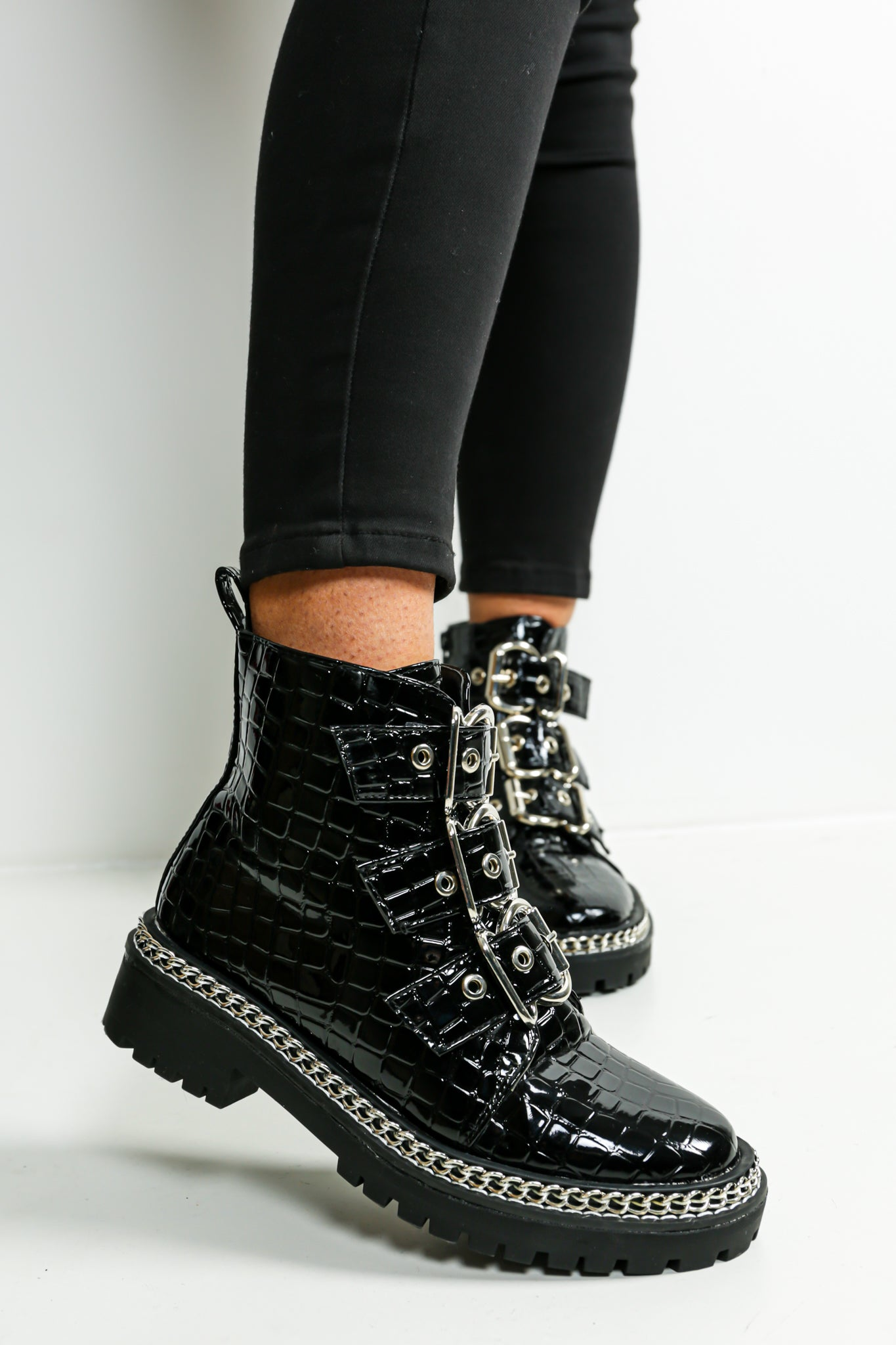 Croc And Roll - Boots In BLACK/CROC