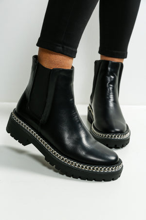 Walk This Way - Boots In BLACK
