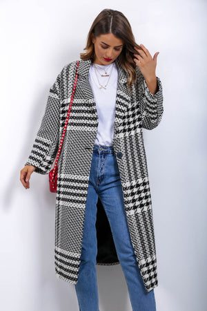https://cdn.shopify.com/s/files/1/0062/6661/7925/files/product-video-houndstooth_be_told-coat-in-blackwhite.mp4?6342