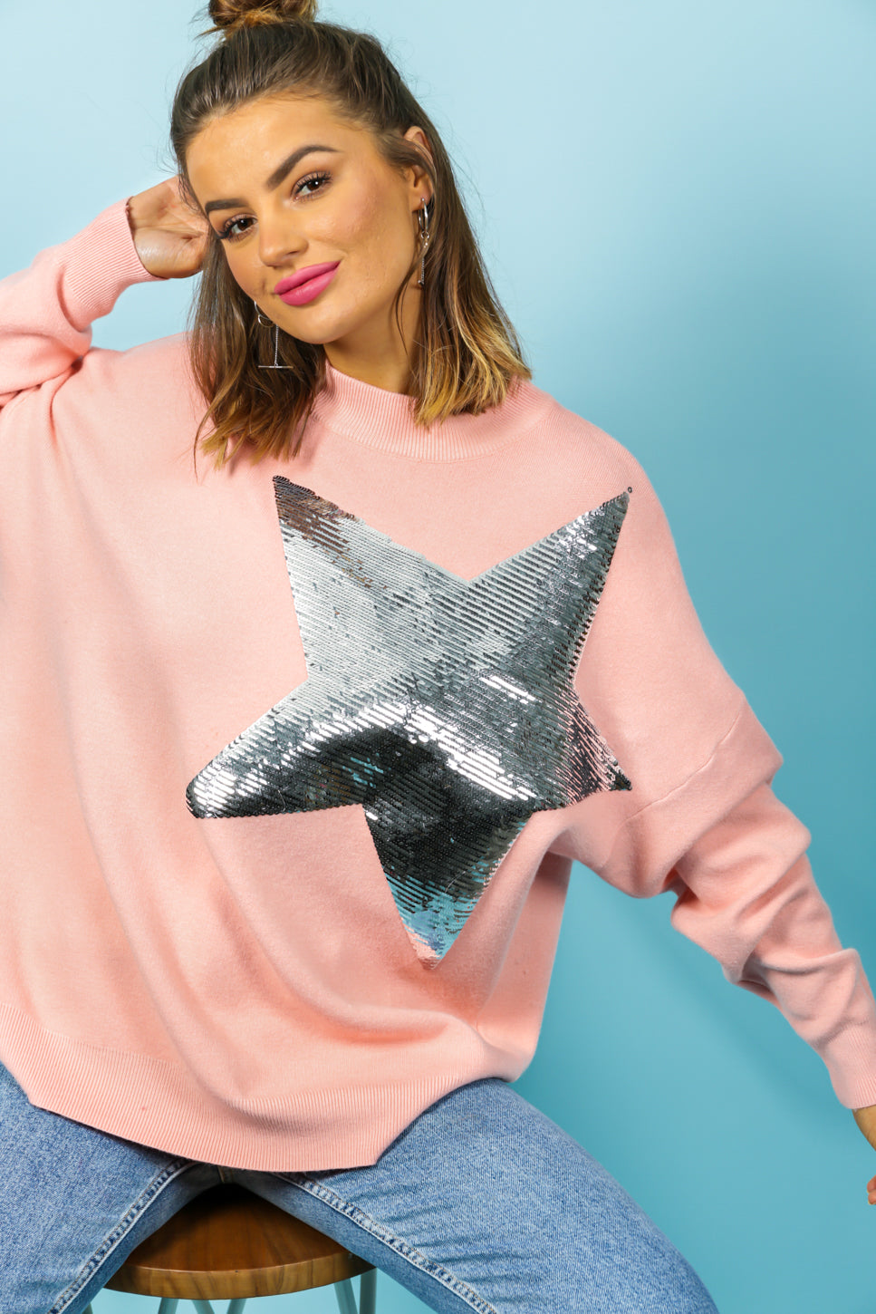 https://cdn.shopify.com/s/files/1/0062/6661/7925/files/product-video-born_to_be_a_star-jumper-in-pink.mp4?6647