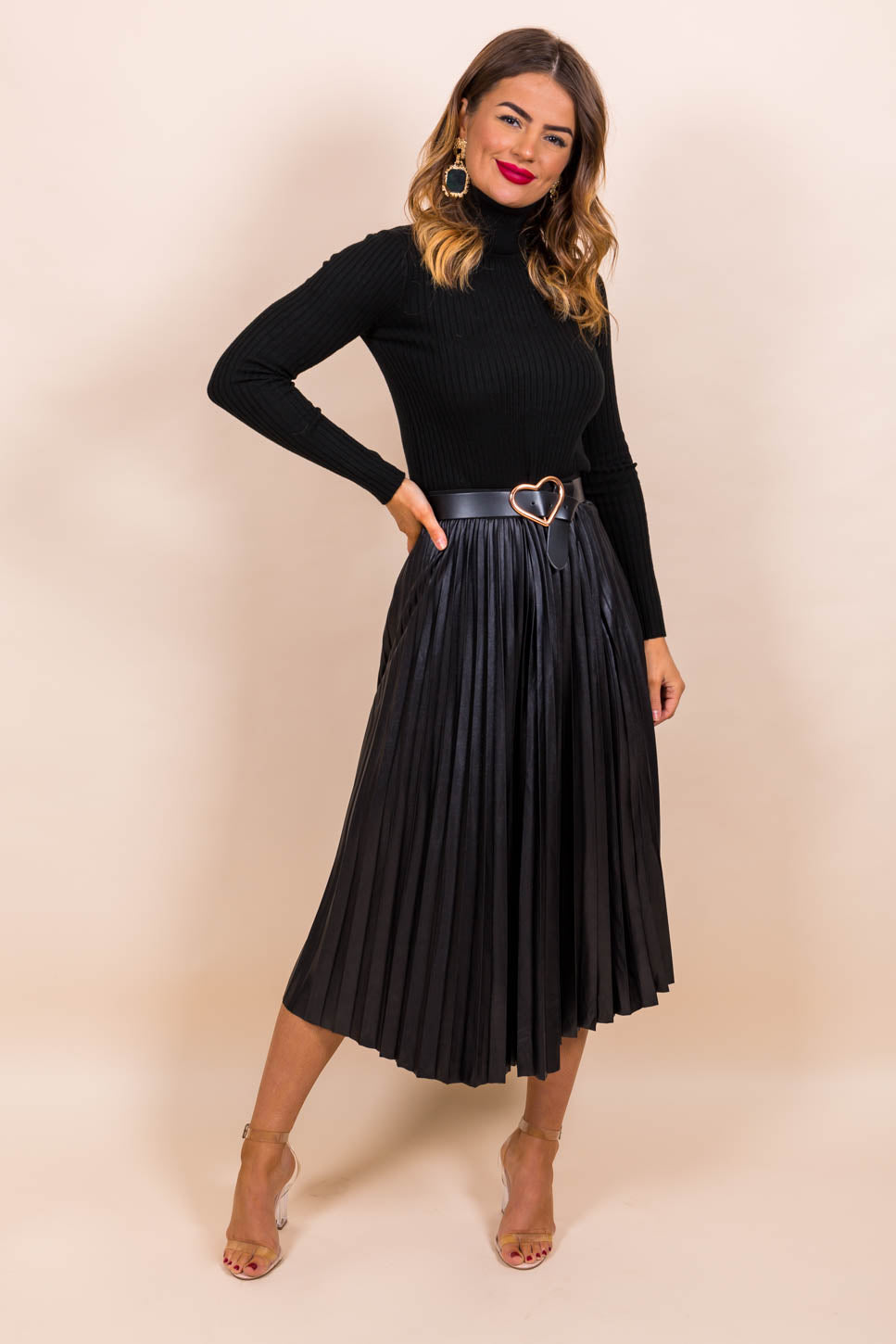 https://cdn.shopify.com/s/files/1/0062/6661/7925/files/product-video-pleat_me_halfway-skirt-in-black.mp4?5988