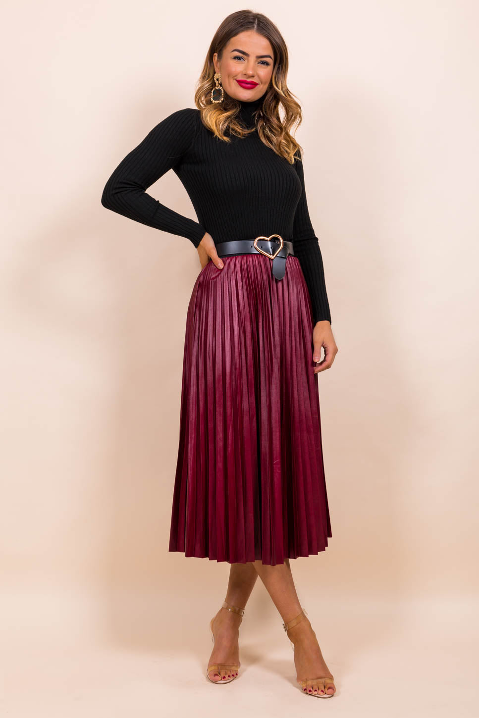 https://cdn.shopify.com/s/files/1/0062/6661/7925/files/product-video-pleat_me_halfway-skirt-in-wine.mp4?5988