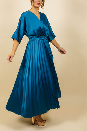 https://cdn.shopify.com/s/files/1/0062/6661/7925/files/product-video-pleat_me_right-dress-in-teal.mp4?6342