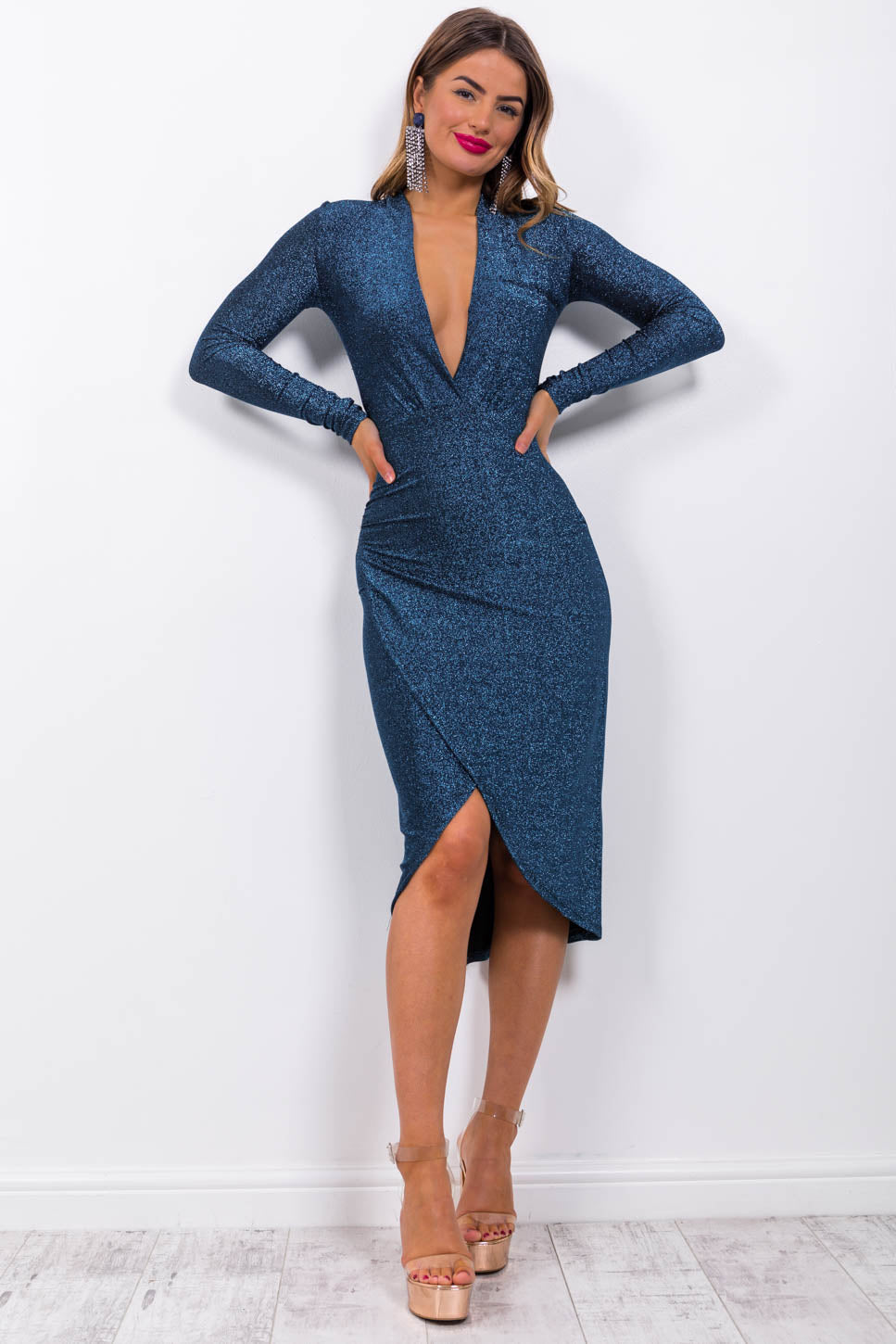 https://cdn.shopify.com/s/files/1/0062/6661/7925/files/product-video-primadonna-dress-in-blue-lurex.mp4?5988