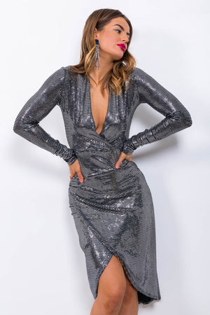 https://cdn.shopify.com/s/files/1/0062/6661/7925/files/product-video-primadonna-dress-in-mirror_sequin.mp4?5988