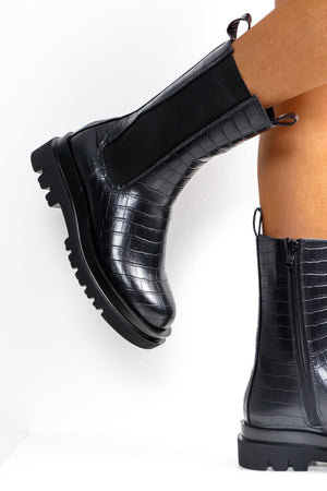 Autumn Essential - Black Croc Calf Boot