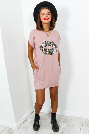 Blush T-shirt Dress With Leopard Lips Graphic