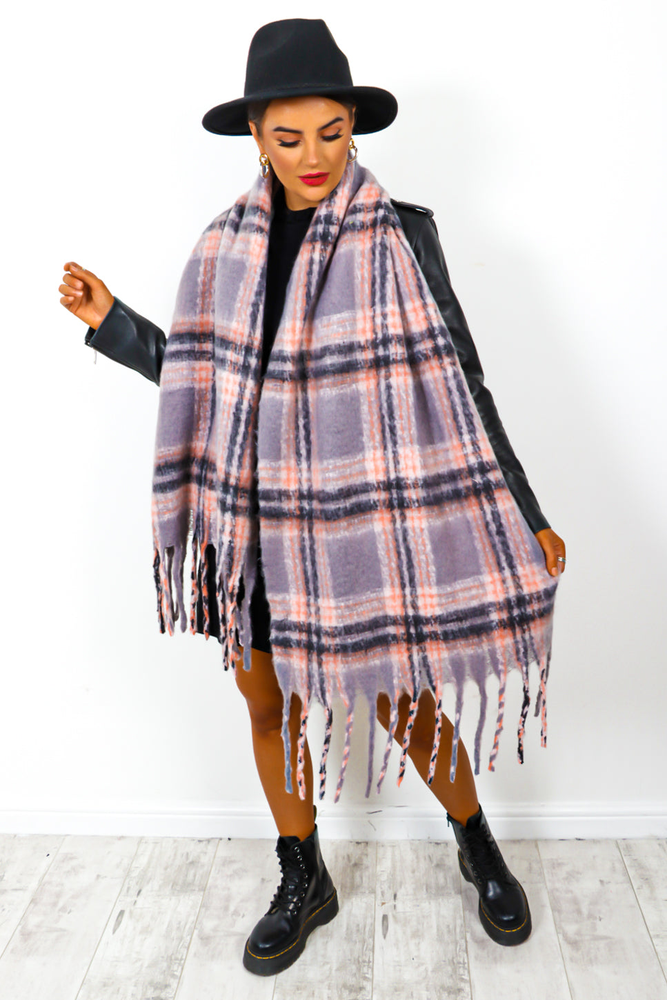 Check Mate - Grey Pink Checked Scarf