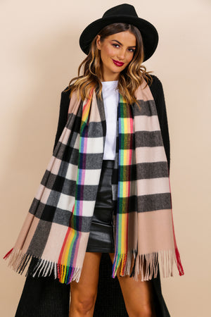 https://cdn.shopify.com/s/files/1/0062/6661/7925/files/product-video-chelsea_girl-scarf-in-tan-rainbow.mp4?5932