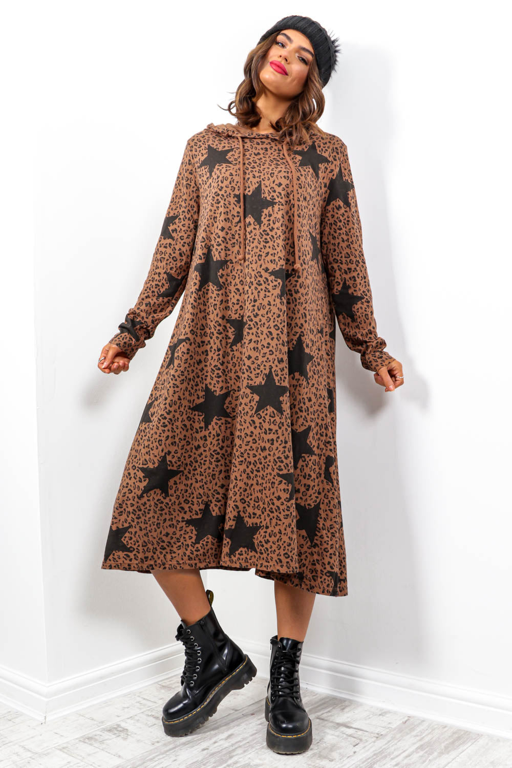 Chill Vibes - Camel Leopard Star Print Hoodie Dress