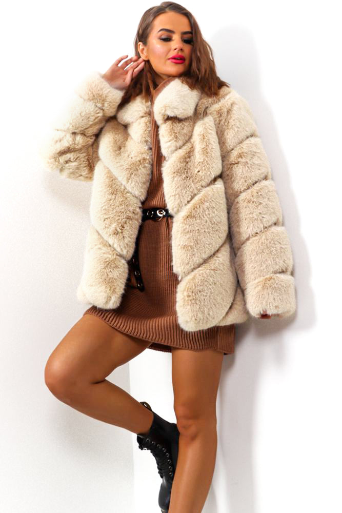 Crazy Fur Your Love - Beige Faux Fur Coat