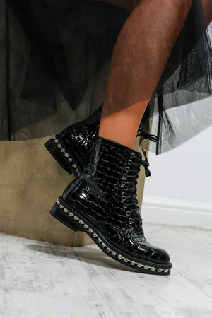 Diamonds For Breakfast - Boots In BLACK/CROC